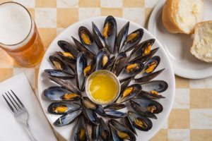 Fresh mussels with butter at New Glasgow Lobster Suppers